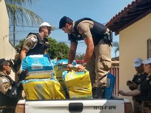 Droga estava em casa de comerciante no Bairro Beija-Flor (Foto: Bárbara Lemes/G1)