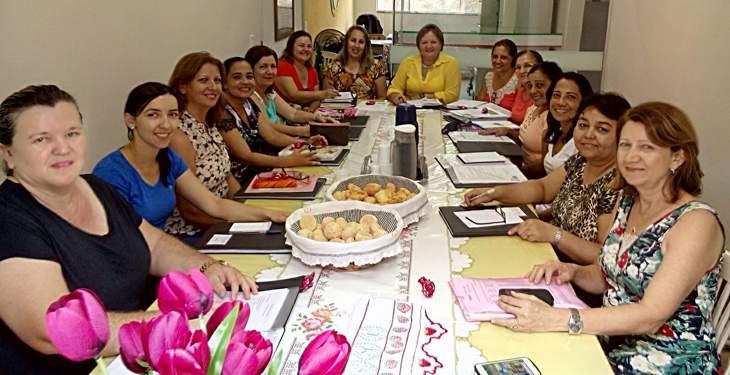 Supervisores pedagógicos participam de reunião na Secretaria de Educação