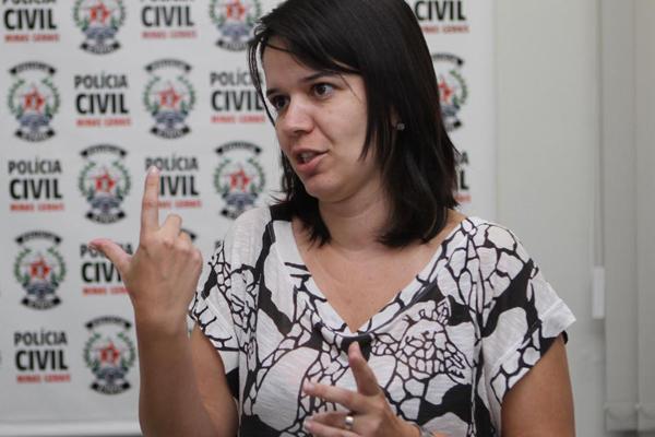 Para a delegada, os laudos e provas recolhidas mostram que ocorreram dois crimes (Foto: Cleiton Borges)