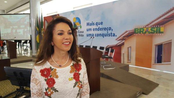 Temos inúmeros projetos em andamento c/ o governo, se houver rompimento será mto ruim  - Dinair Isaac, prefeita de Capinópolis