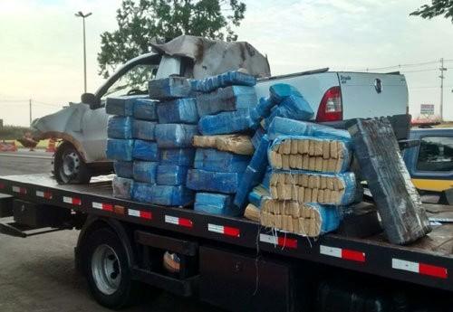 Droga estava escondida na carroceria do veículo - Foto: Divulgação/PRF