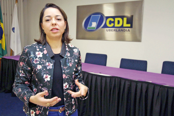A gerente executiva da CDL Lécia Queiróz, disse que situação é preocupante (Foto: Cleiton Borges)