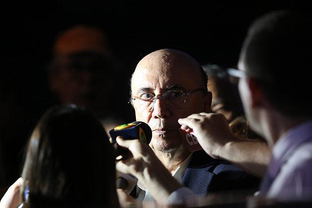 Henrique Meirelles dá entrevista após encontro com Michel Temer, no Palácio do Jaburu