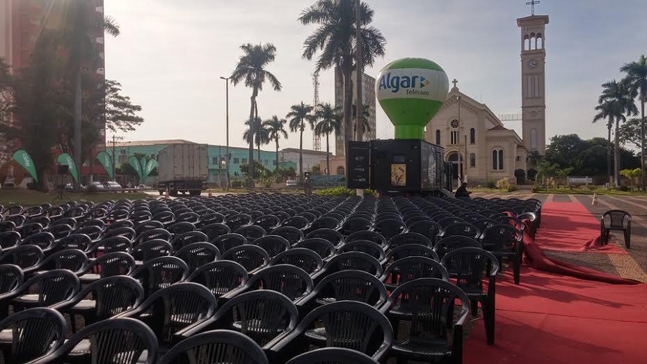 Hoje tem mais uma edição do Cine Família na Praça em Ituiutaba