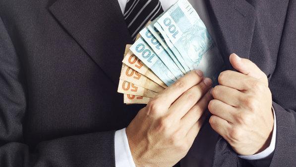 22052016-dinheiro-corrupção