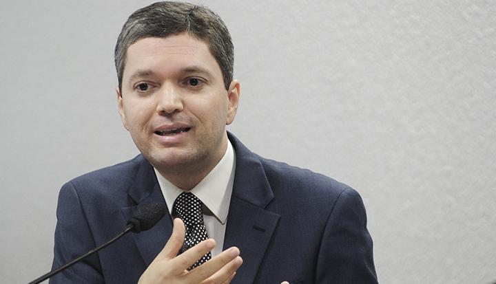 Ministro da transparência, Fabiano Silveira, pede demissão do cargo