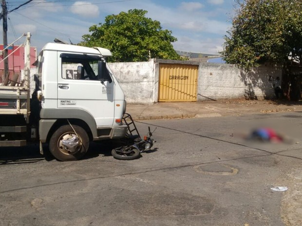 Segundo polícia, motociclista não olhou para os lados antes de seguir (Foto: Divulgação/Polícia Civil)