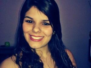 Fabiana estudava para vestibular e participou do Concurso da Rainha do Milho 2016 (Foto:Fábio Pereira/Arquivo Pessoal)