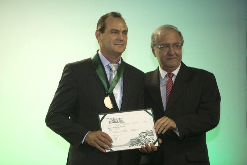 (Esq) José Antônio Maximiano