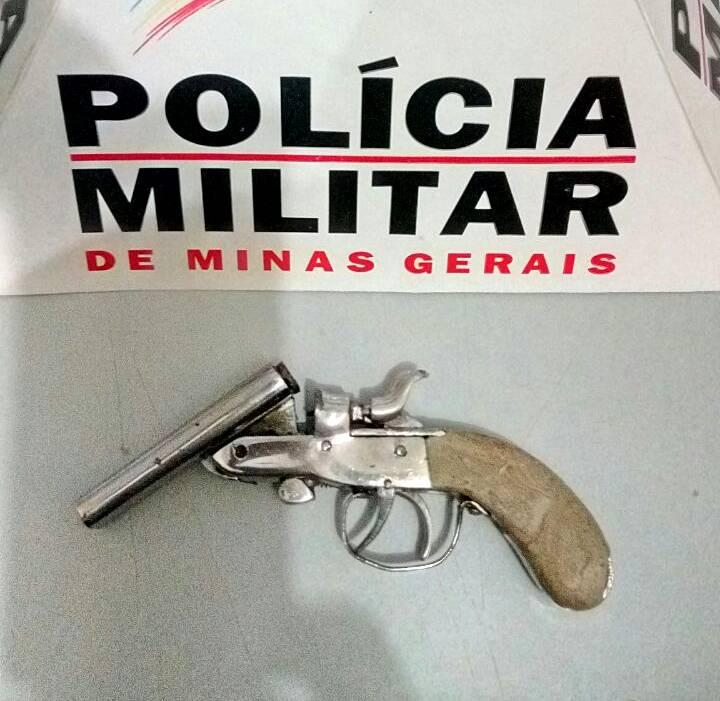 Bereta calibre .22 foi apreendida