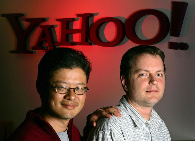 Os fundadores do Yahoo Jerry Yang, à esq. e David Filo, à dir. no Vale do Silício, nos EUA