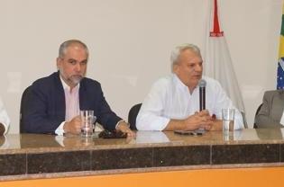 (Esq)João Daniel / Henrique Cunha