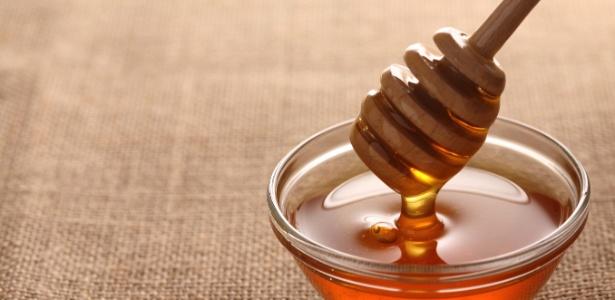 O mel também contém muito açúcar e deve ser evitado