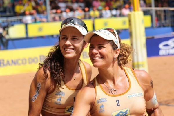 Larissa e Talita venceram as três etapa disputadas até agora no Circuito