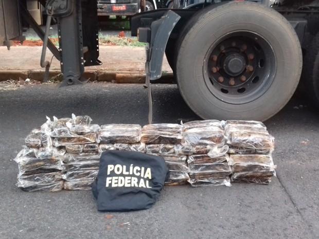 Polícia Federal apreende 110kg de cocaína em Chaveslândia (Foto: Polícia Federal/Divulgação )