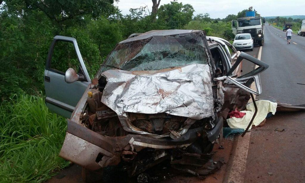 Duas pessoas morreram durante o acidente.