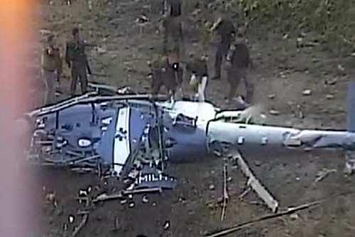 21112016-helicoptero-cai-no-rio