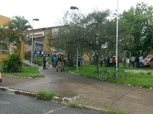 Crime aconteceu em frente a igreja Nossa Senhora de Fátima (Foto: Milton Cunha/Arquivo Pessoal)