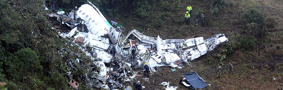 A tragédia que vitimou ao menos 75 pessoas, entre elas jogadores e membros da equipe técnica do time de futebol catarinense Chapecoense, se soma à lista de acidentes aéreos envolvendo equipes esportivas.