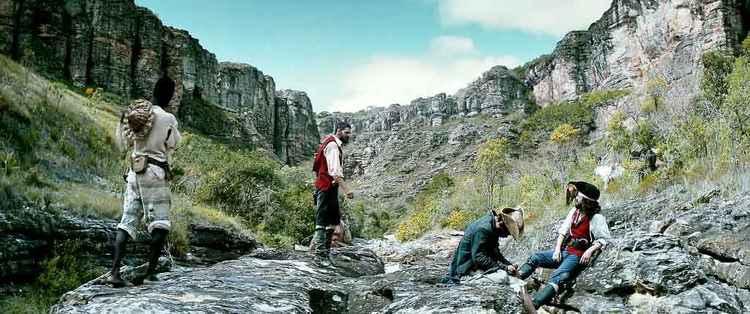 Marcelo Gomes pretende lançar o filme no dia 21 de abril. (foto: Imovision/Reprodução)