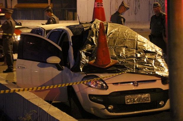 Carro em que estava a publicitária Maria Cláudia Pedace, morta por policial militar em SP