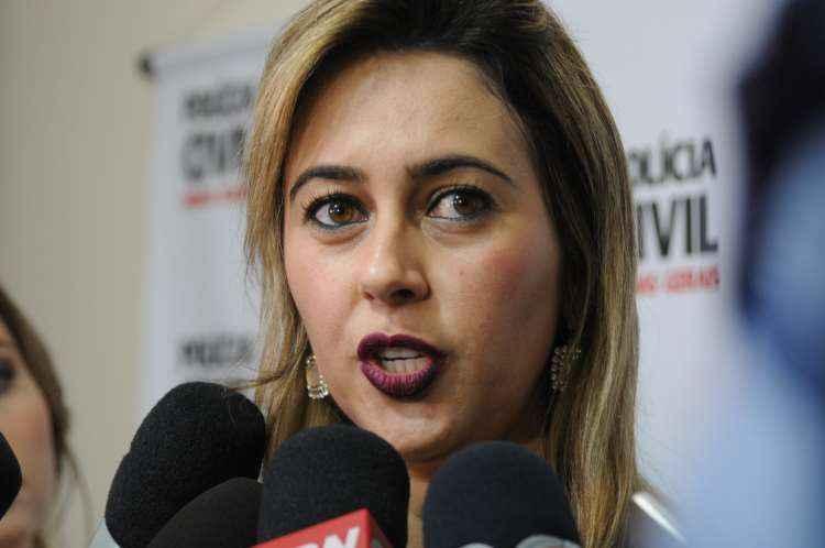 Delegada Danúbia Quadros deu detalhes das investigações nesta segunda-feira (foto: Beto Novaes/EM/D.A.Press)