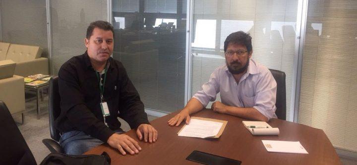 (Esq) Caetano Neto e o Deputado/ Secretário Professor Neivaldo