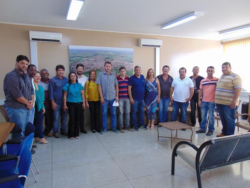 Encontro do Secretário na Prefeitura Municipal de Capinópolis / Valdair Bernardeli