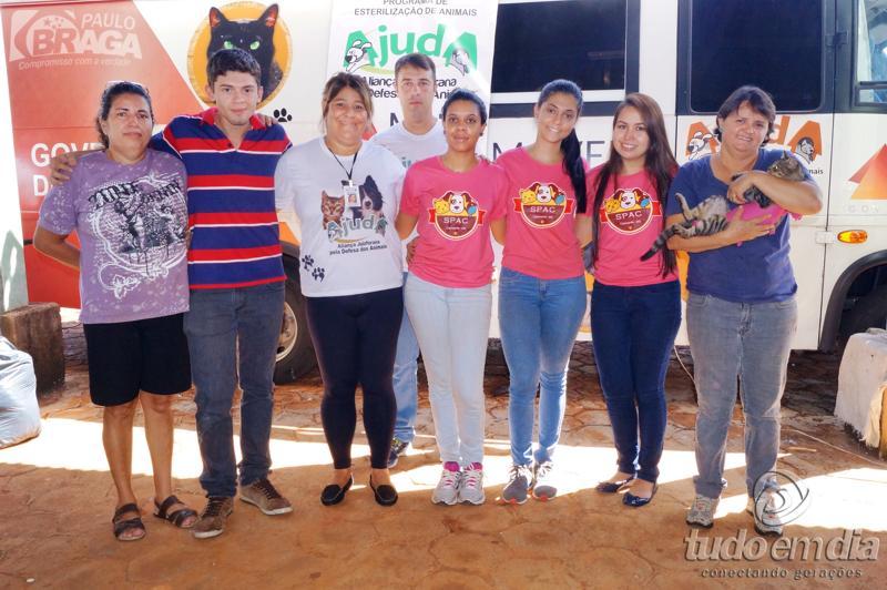 (Esq) Valéria Fontoura, Daniel França, Simone Krass, Marília Martins, Gabriela, Caroline Tano e Advânia Franco