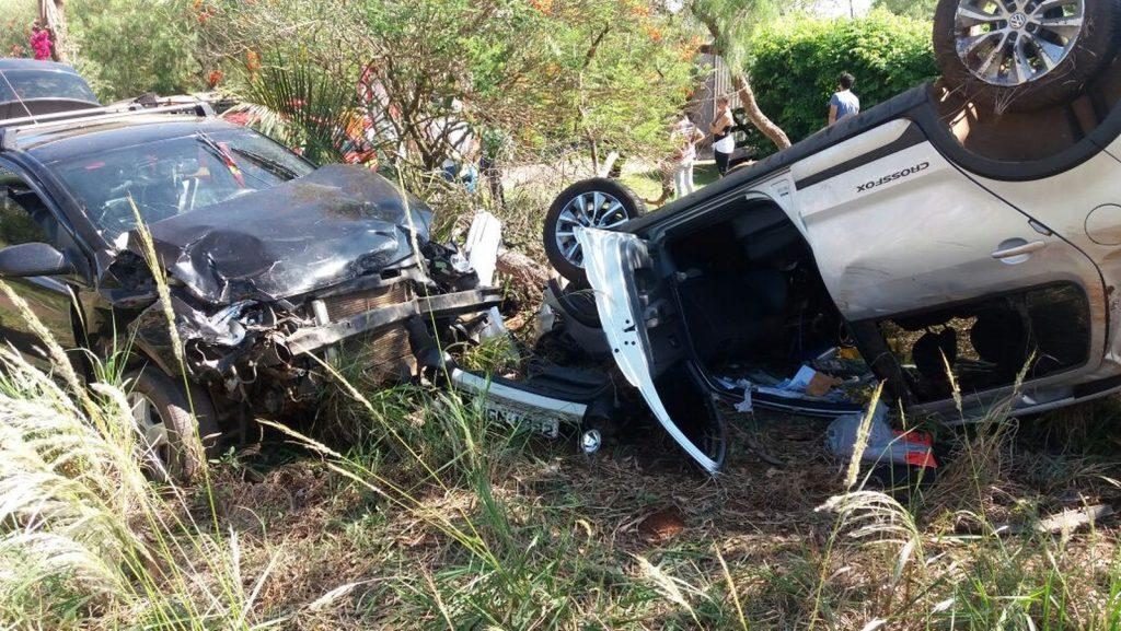 Acidente foi regisrado na MG-230 próximo a Patrocínio (Foto: Corpo de Bombeiros/Divulgação)