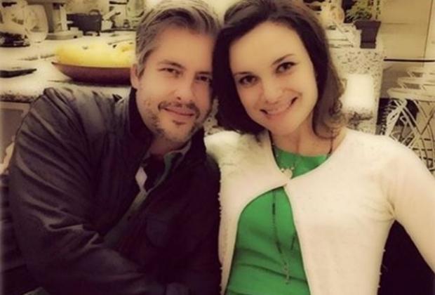 Victor e Poliana têm uma filha de 1 ano e anunciaram em janeiro a segunda gravidez