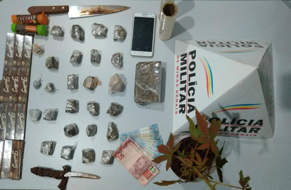 Materiais apreendidos foram levados à delegacia — Foto: Polícia Militar/Divulgação