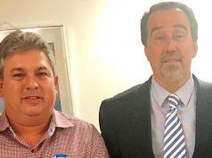Prefeito Leo (esq) e o ministro da Saúde, Gilberto Occhi,