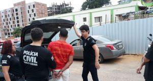 Um dos suspeitos do estupro coletivo é preso pela polícia (Foto: PCMG/divulgação)