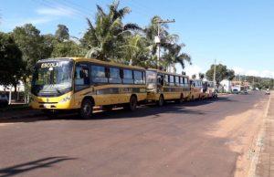 Ônibus escolares do Município de Gurinhatã (Foto: Ascom)