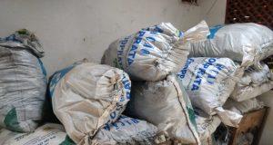 Carvão estava armazenado em 27 sacos, totalizando 3 metros cúbicos do produto (Foto: PMA/Divulgação)