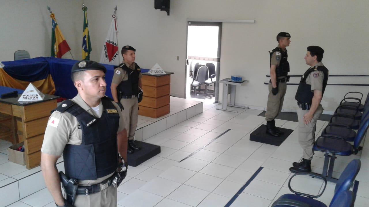 Momento da troca de comando (Foto: PMMG/Divulgação)