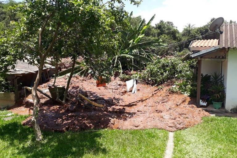 Barragem de rejeitos se rompe em Minas Gerais Foto: Corpo de BombeirosBarragem de rejeitos se rompe em Minas Gerais Foto: Corpo de Bombeiros
