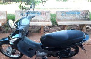 Motoneta Hond Biz foi furtada em Uberlândia/MG., e recuperada em Monte Alegre de Minas (Foto: PMMG/Divulgação)