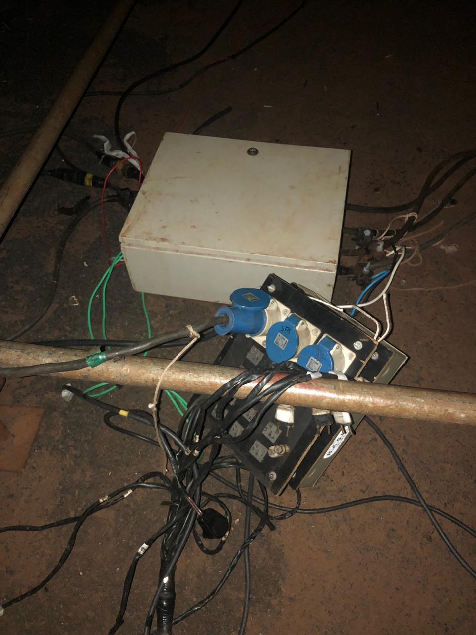 Carlos Barbosa de Souza recebeu descarga elétrica e caiu de uma altura aproximada de 6 metros — Foto: Bombeiros/Divulgação