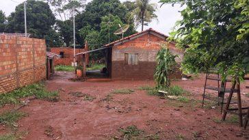 Na enchente de 2017 a família que vivia no local teve um grande susto e perdeu quase todos os seus móveis