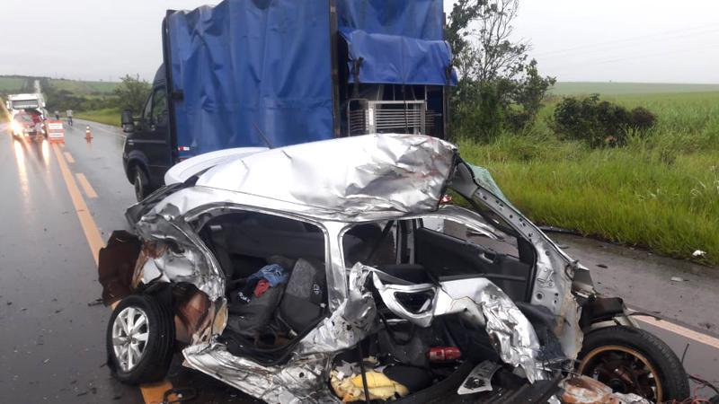Acidente fatal ocorreu nas proximidades da antiga usina Triálcool (Foto: Bombeiros/Divulgação)