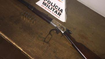 Arma de fogo apreendida pela polícia (Foto: PMMG/Divulgação)
