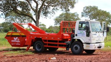 Prefeitura investe em equipamentos e relança projeto de coleta de lixo (Foto: Ascom)