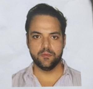 Polícia Civil divulgou a foto do suspeito para a imprensa na tentativa de localizar outras vítimas