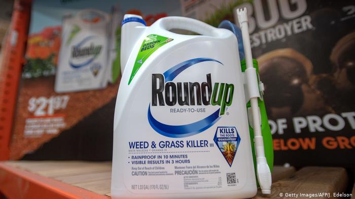 Principal ingrediente da marca Roundup é o glifosato, amplamente utilizado ao redor do mundo