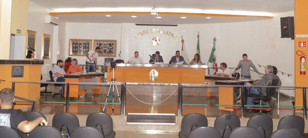 Câmara votou importantes matérias (Foto: Paulo Braga)