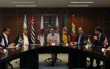 A reunião deste sábado contou com a presença de seis governadores e do vice-governador de Minas Gerais