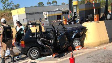 Acidente de carro em São Sebastião do Oeste.