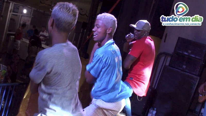 Banda K Entre Nós interagiu com o público presente